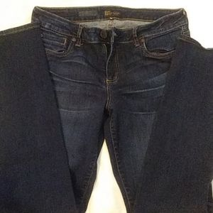 Kut from the cloth relaxed fit skinny jeans sz 10